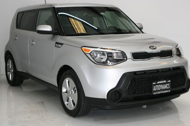 2015 Kia Soul Base Houston, Texas 3