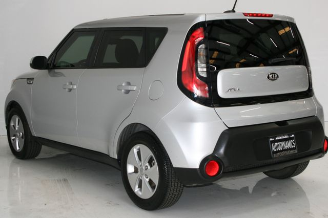 2015 Kia Soul Base Houston, Texas 7