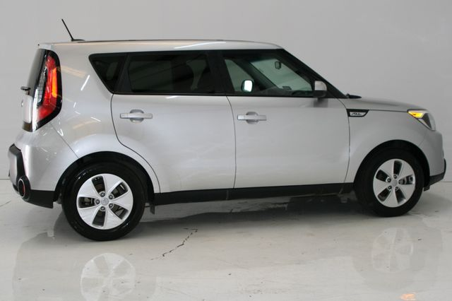 2015 Kia Soul Base Houston, Texas 8