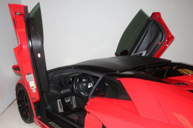 2015 Lamborghini Aventador ROADSTER Houston, Texas 40