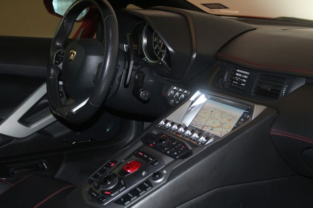 2015 Lamborghini Aventador ROADSTER Houston, Texas 54