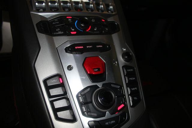 2015 Lamborghini Aventador ROADSTER Houston, Texas 60