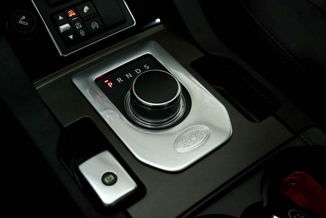 2015 Land Rover LR4 Houston, Texas 32