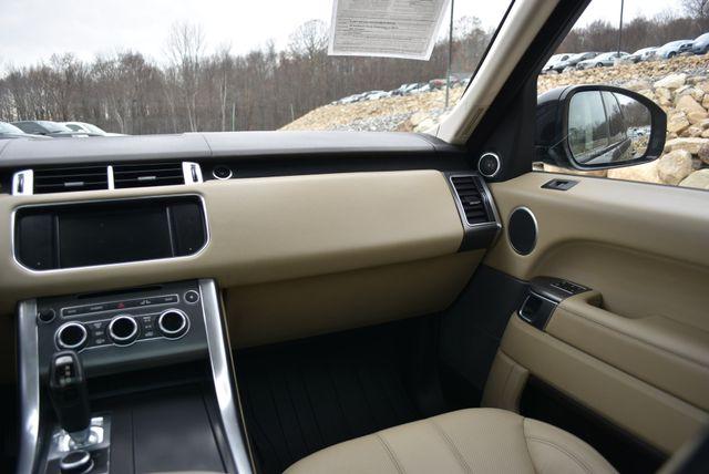 2015 Land Rover Range Rover Sport SE Naugatuck, Connecticut 18