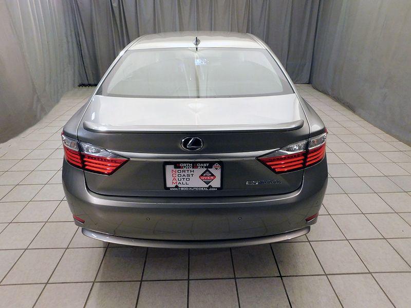 2015 Lexus ES 300h Hybrid  city Ohio  North Coast Auto Mall of Cleveland  in Cleveland, Ohio