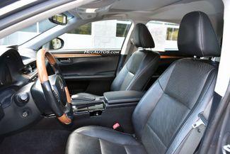 2015 Lexus ES 300h Hybrid Waterbury, Connecticut 16