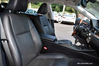 2015 Lexus ES 300h Hybrid Waterbury, Connecticut 19