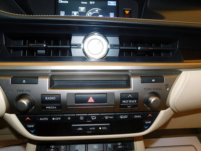 2015 Lexus ES 350   city Ohio  North Coast Auto Mall of Cleveland  in Cleveland, Ohio