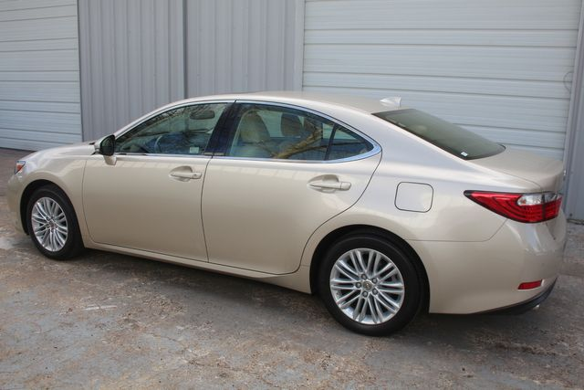 2015 Lexus ES 350 Houston, Texas 17