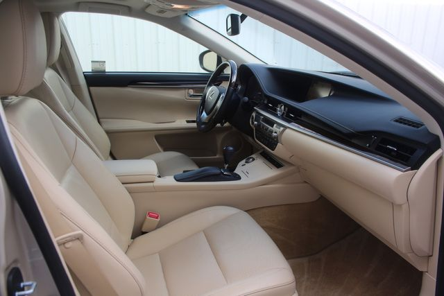 2015 Lexus ES 350 Houston, Texas 28