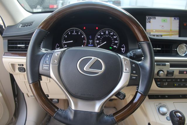 2015 Lexus ES 350 Houston, Texas 32