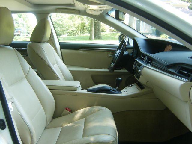 2015 Lexus ES 350 in West Chester, PA 19382