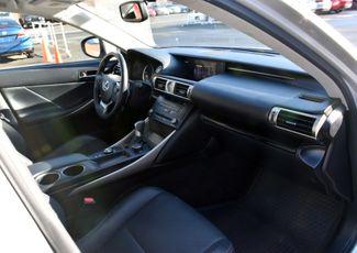 2015 Lexus IS 250 4dr Sport Sdn AWD Waterbury, Connecticut 20