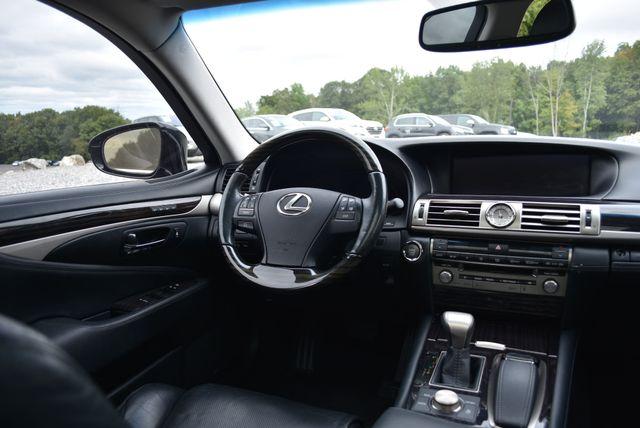 2015 Lexus LS 460 Naugatuck, Connecticut 14