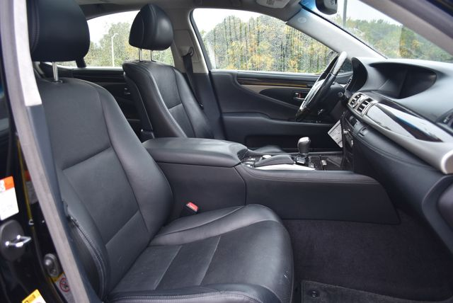 2015 Lexus LS 460 Naugatuck, Connecticut 10