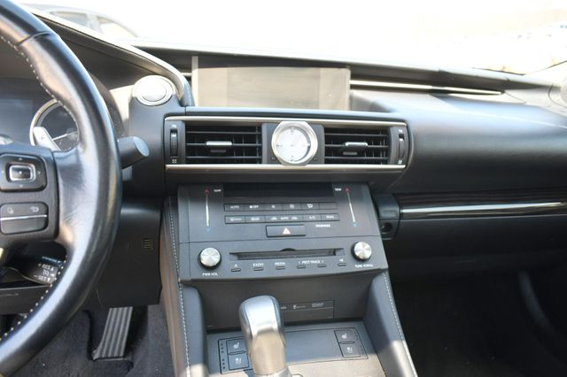 2015 Lexus RC 350 AWD Naugatuck, Connecticut 16