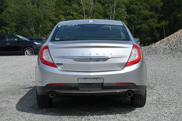 2015 Lincoln MKS Naugatuck, Connecticut 3