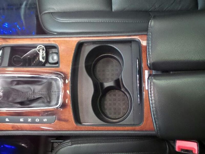 2015 Lincoln MKS 4dr Sdn 37L AWD  in Victoria, MN