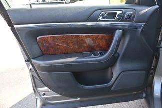 2015 Lincoln MKS 4dr Sdn 3.7L AWD Waterbury, Connecticut 29