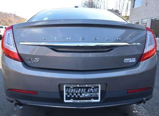 2015 Lincoln MKS 4dr Sdn 3.7L AWD Waterbury, Connecticut 7