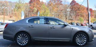 2015 Lincoln MKS 4dr Sdn 3.7L AWD Waterbury, Connecticut 9