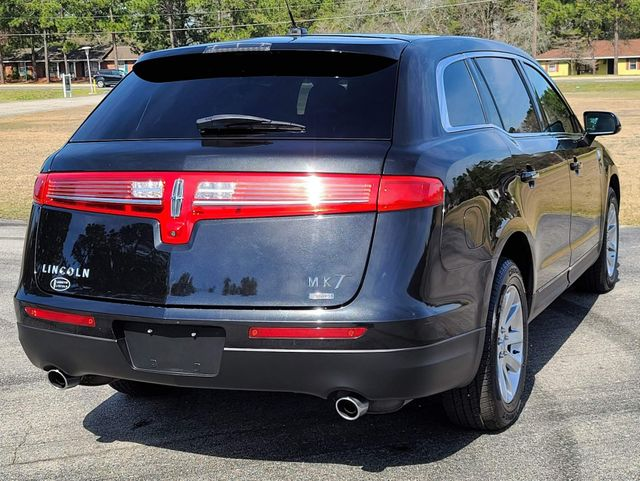 2015 Lincoln MKT AWD in Hope Mills, NC 28348