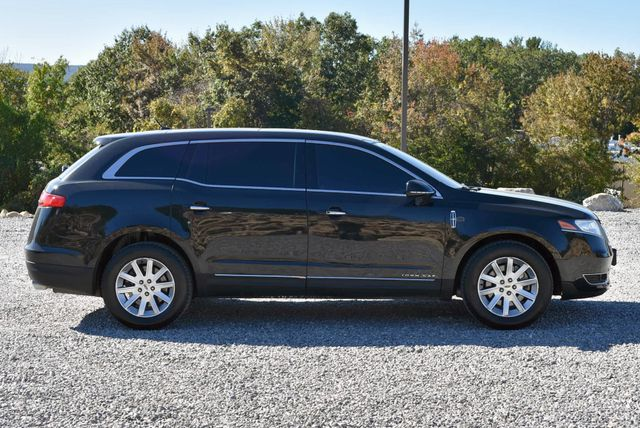 2015 Lincoln MKT Naugatuck, Connecticut 5