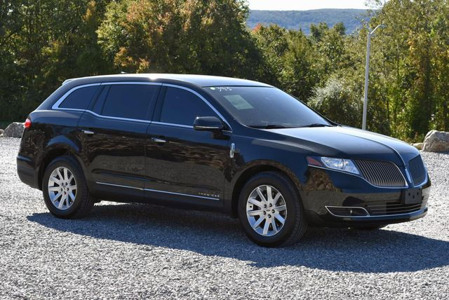 2015 Lincoln MKT Naugatuck, Connecticut 6