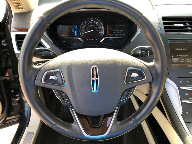 2015 Lincoln MKZ Hybrid in Gower Missouri, 64454