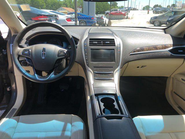 2015 Lincoln MKZ Hybrid in Gower Missouri, 64454
