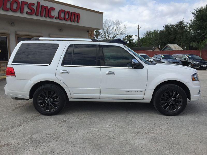 2015 Lincoln Navigator   Brownsville TX  English Motors  in Brownsville, TX