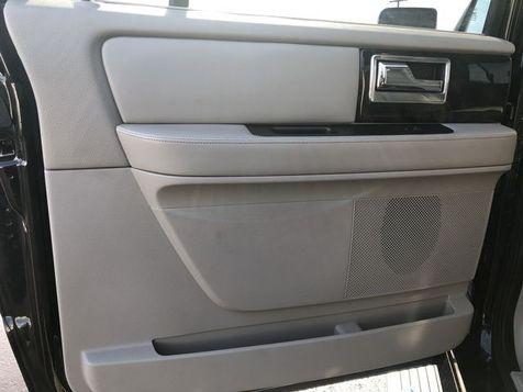 2015 Lincoln Navigator L 4x4 Navi Roof 3rd Row 1-Own Clean Carfax We Fina | Canton, Ohio | Ohio Auto Warehouse LLC in Canton, Ohio