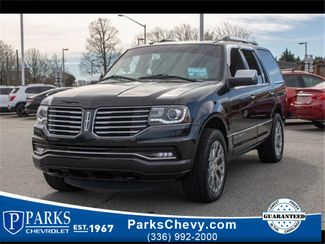2015 Lincoln Navigator Base in Kernersville, NC 27284