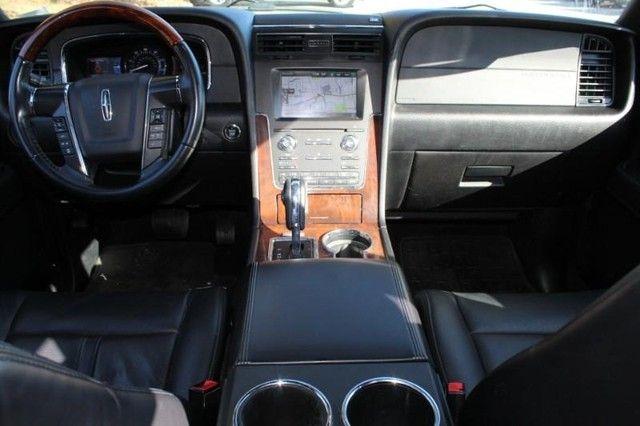 2015 Lincoln Navigator L St. Louis, Missouri 13