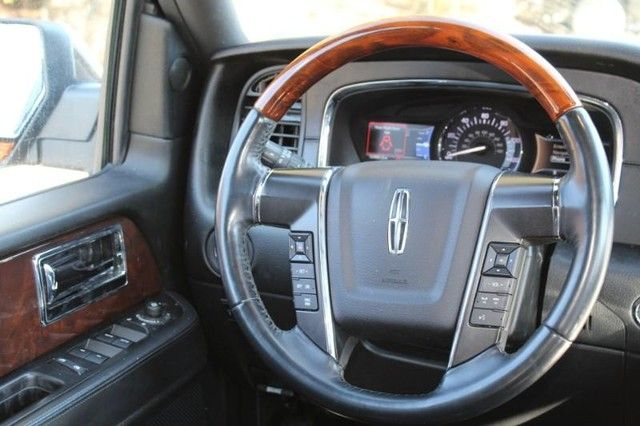 2015 Lincoln Navigator L St. Louis, Missouri 14