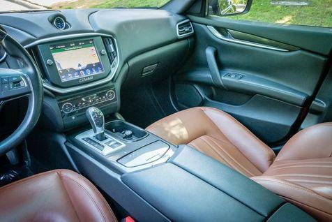 2015 Maserati Ghibli SUNROOF   Memphis, Tennessee   Tim Pomp - The Auto Broker in Memphis, Tennessee
