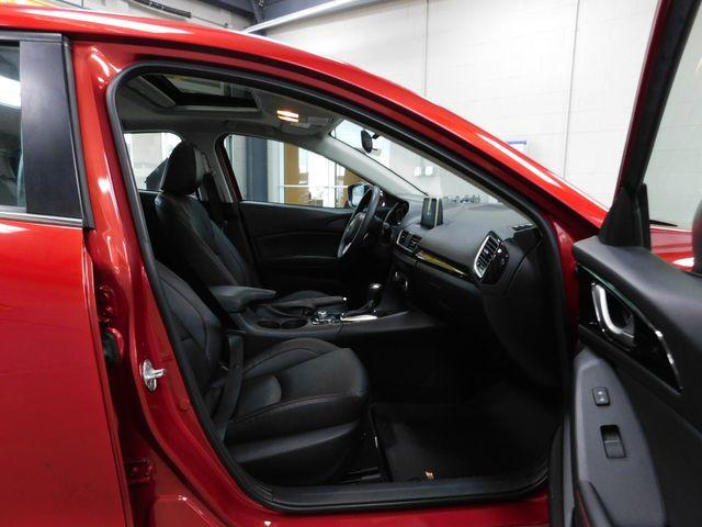 2015 Mazda Mazda3 i Grand Touring in Airport Motor Mile ( Metro Knoxville ), TN 37777