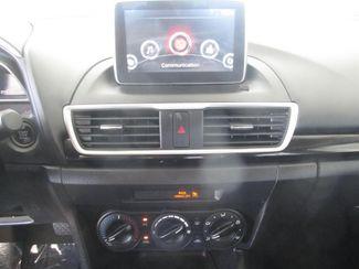 2015 Mazda Mazda3 i Sport Gardena, California 6