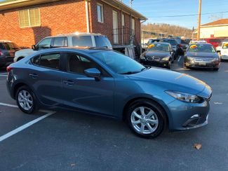 2015 Mazda Mazda3 i Sport Knoxville , Tennessee 1