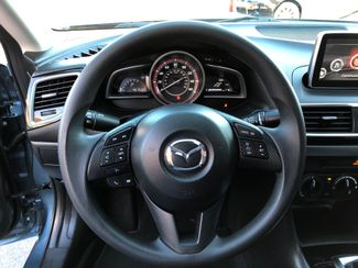 2015 Mazda Mazda3 i Sport Knoxville , Tennessee 16