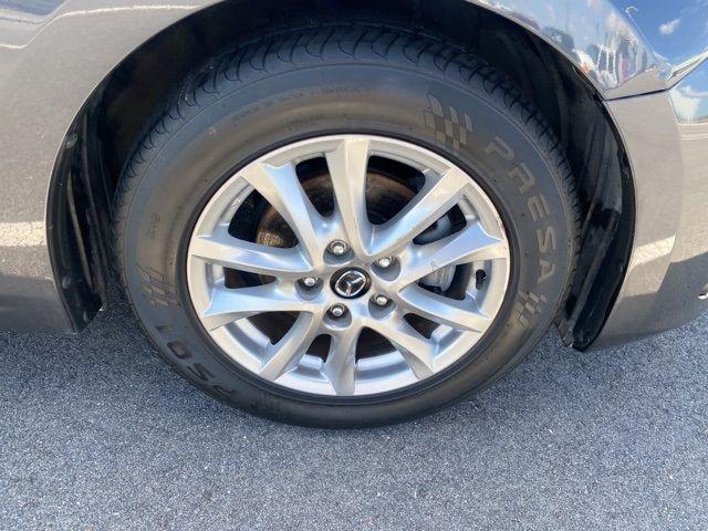 2015 Mazda Mazda3 i Touring Madison, NC 8