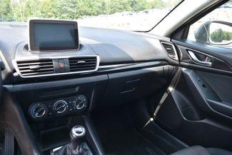 2015 Mazda Mazda3 i Touring Naugatuck, Connecticut 8
