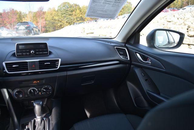2015 Mazda Mazda3 i SV Naugatuck, Connecticut 5