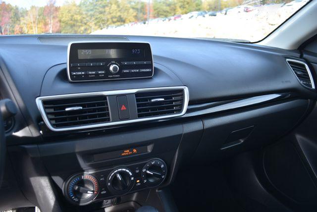 2015 Mazda Mazda3 i SV Naugatuck, Connecticut 8