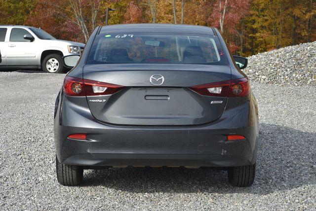 2015 Mazda Mazda3 i Sport Naugatuck, Connecticut 3