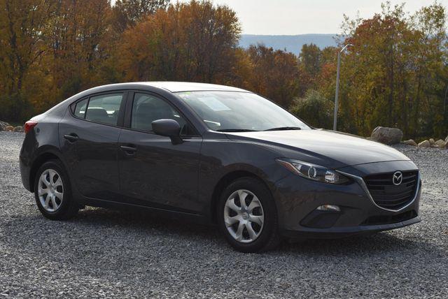 2015 Mazda Mazda3 i Sport Naugatuck, Connecticut 6