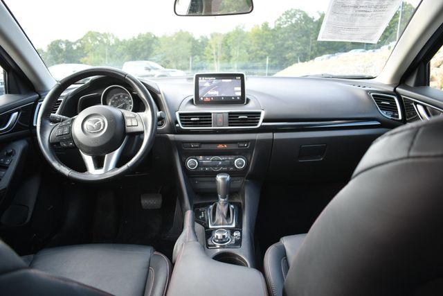 2015 Mazda Mazda3 i Grand Touring Naugatuck, Connecticut 12