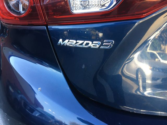 2015 Mazda Mazda3 i Sport New Brunswick, New Jersey 7