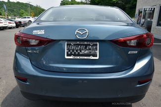 2015 Mazda Mazda3 i SV Waterbury, Connecticut 10