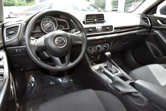 2015 Mazda Mazda3 i SV Waterbury, Connecticut 11